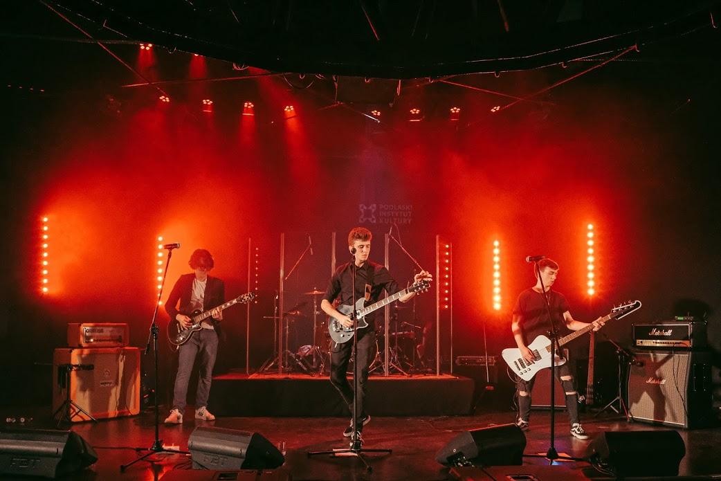 THE BOARS – koncert online
